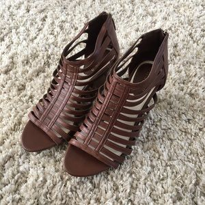 Brown Leather Strappy Cage Bootie Heels - NWOT 🔥